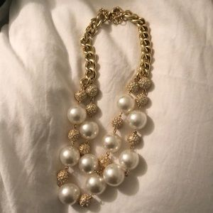 """Lilly Pulitzer """"On The Rocks"""" Statement Necklace"""